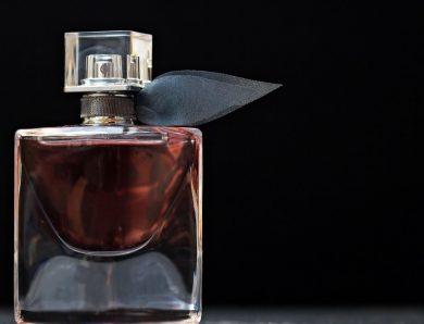 Dobre perfumy, szybko ulatniający się zapach – czy Twoje perfumy mogą zostać na ciele dłużej?